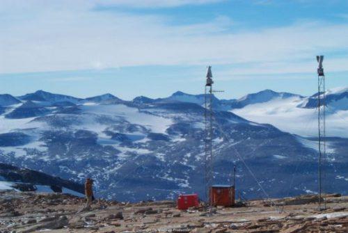 Windside Two WS-0,15Bplus turbines in Antarctica.